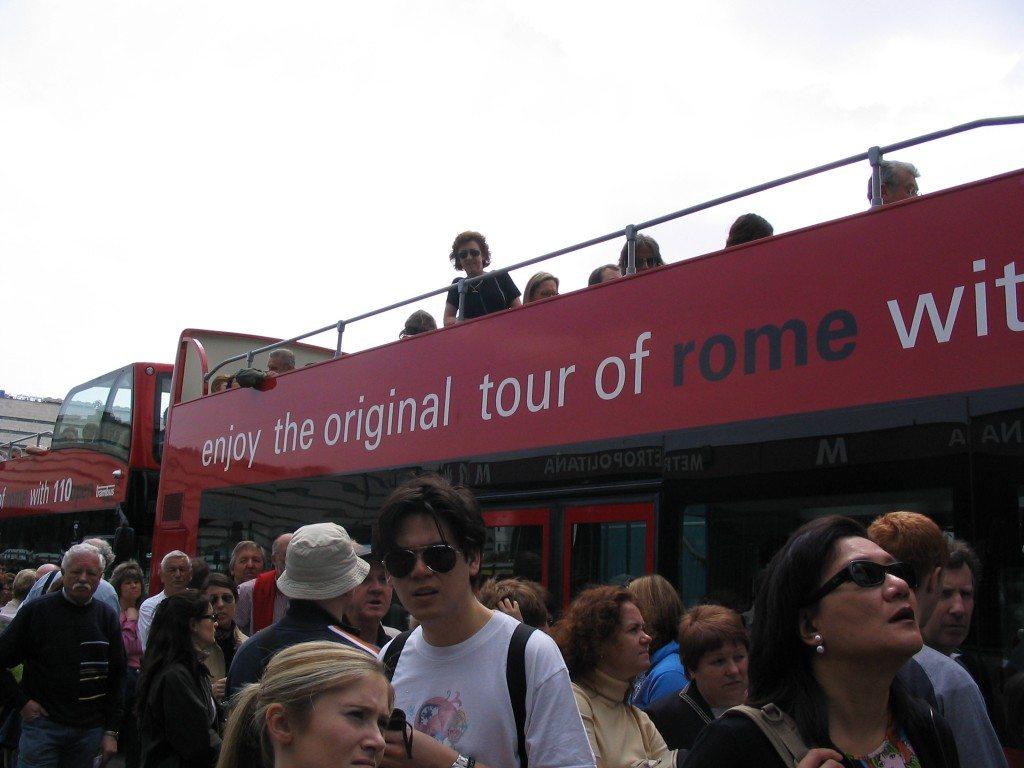 Rome city tour bus