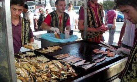 Fish Sandwich in Istanbul, Turkey #TastyTuesday