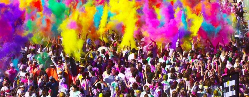 The Color Run comes to the village green in the Gong.