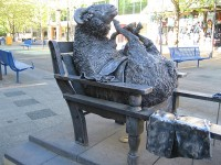 Sheep's_statue_in_Canberra