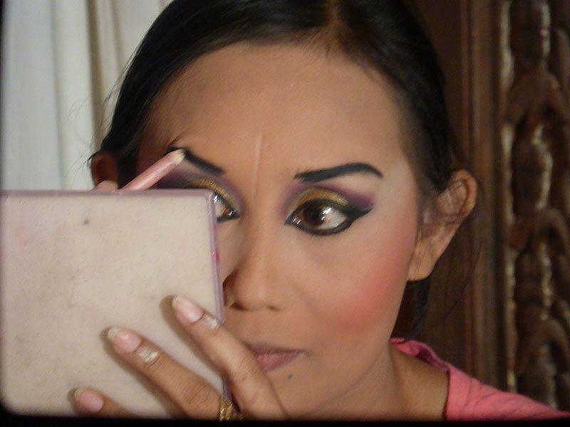 balinese-dance-makeup