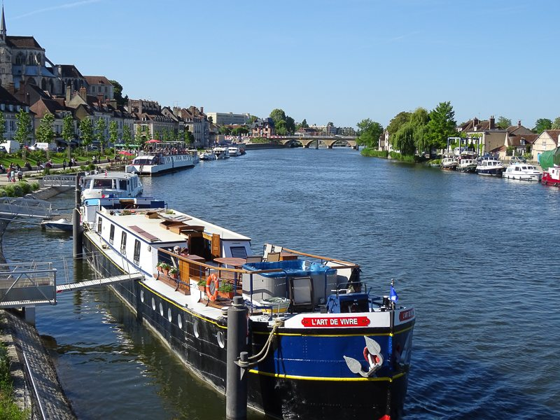 L'Art de Vivre: A Luxury Hotel Barge in France