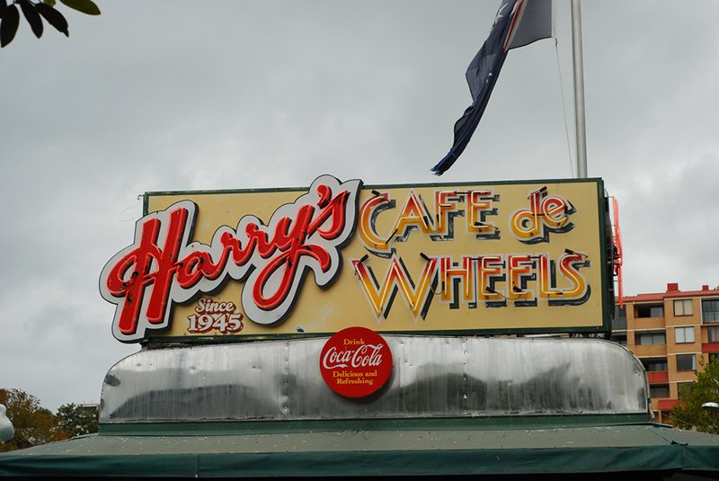 harrys-cafe-de-wheels
