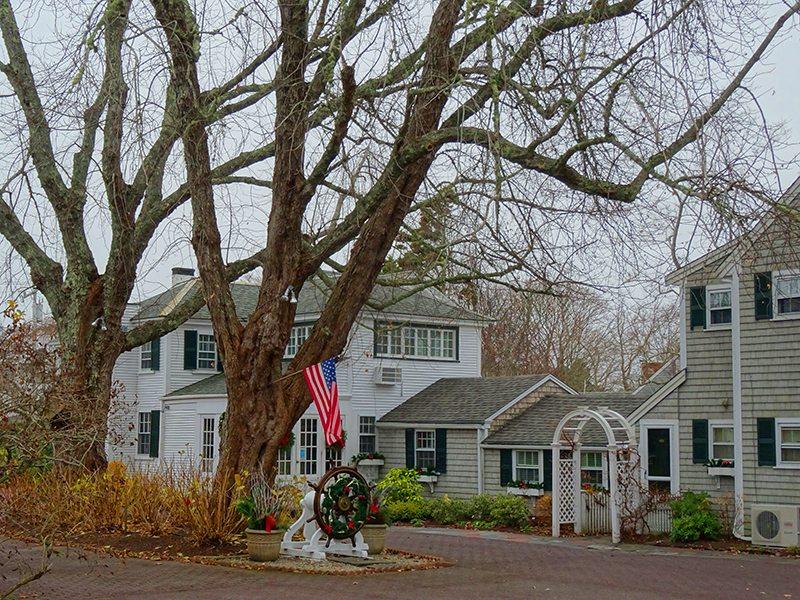 Accolades to Captain's House Inn, Chatham, MA