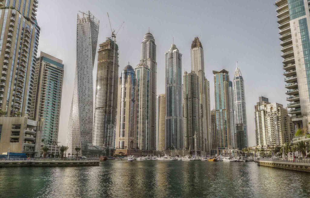 Top-10-Things-to-do-in-Modern-Dubai-