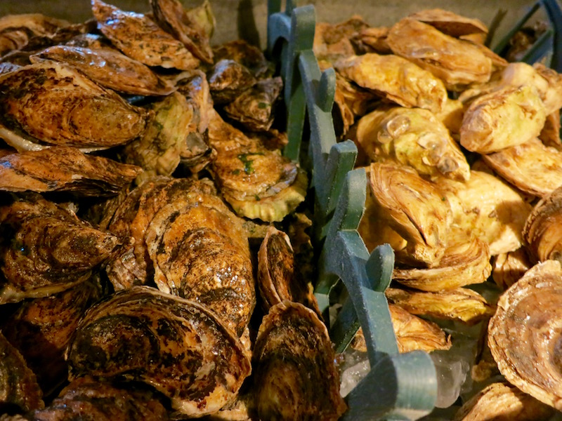 foods-around-world-Oysters