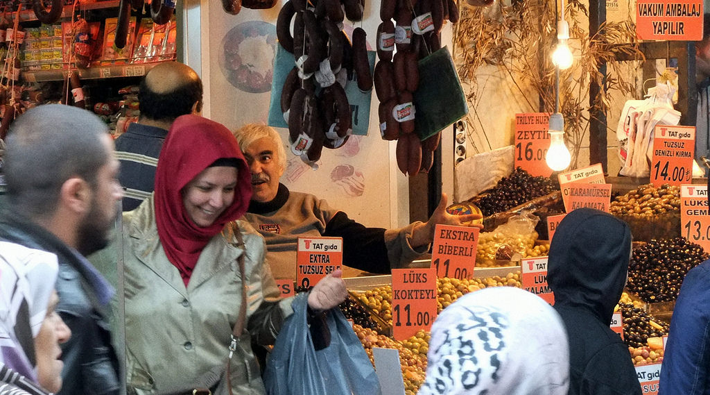 What to Wear when Visiting a Muslim Country