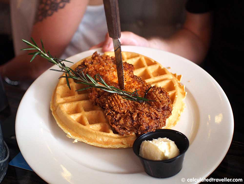 foods-around-the-world-chicken-and-waffles
