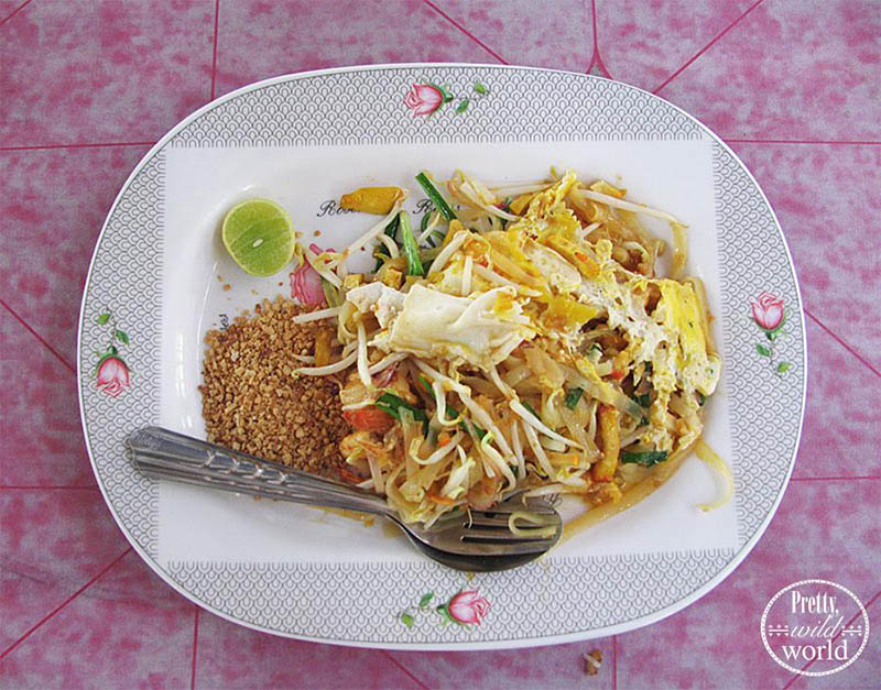 foods-around-the-world-pad-thai