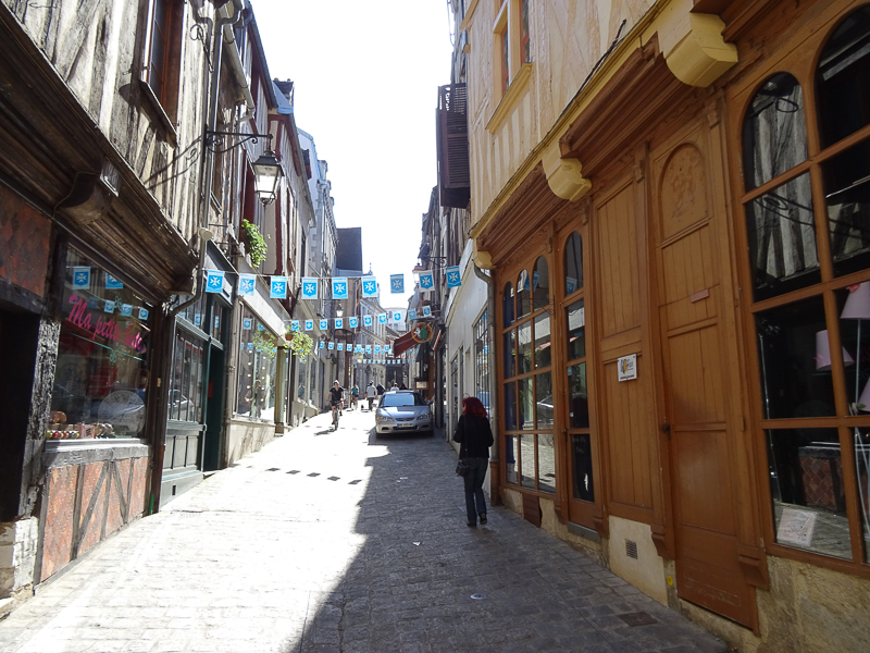 Discover the city of Auxerre, France