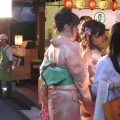 Geisha girls shopping - reasons why you should visit the city of Kyoto