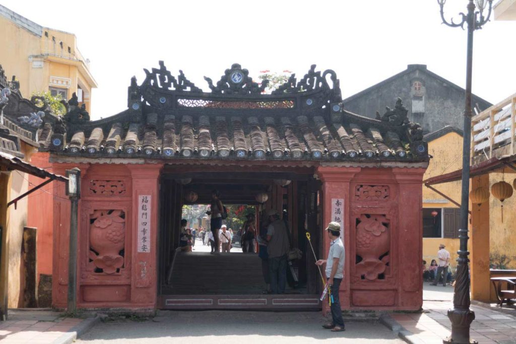 A-Guide-for-First-Time-Visitors-to-Hoi-An