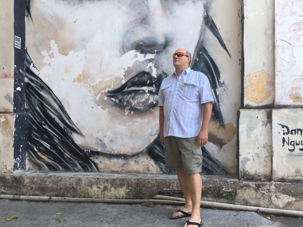 street-art-saigon