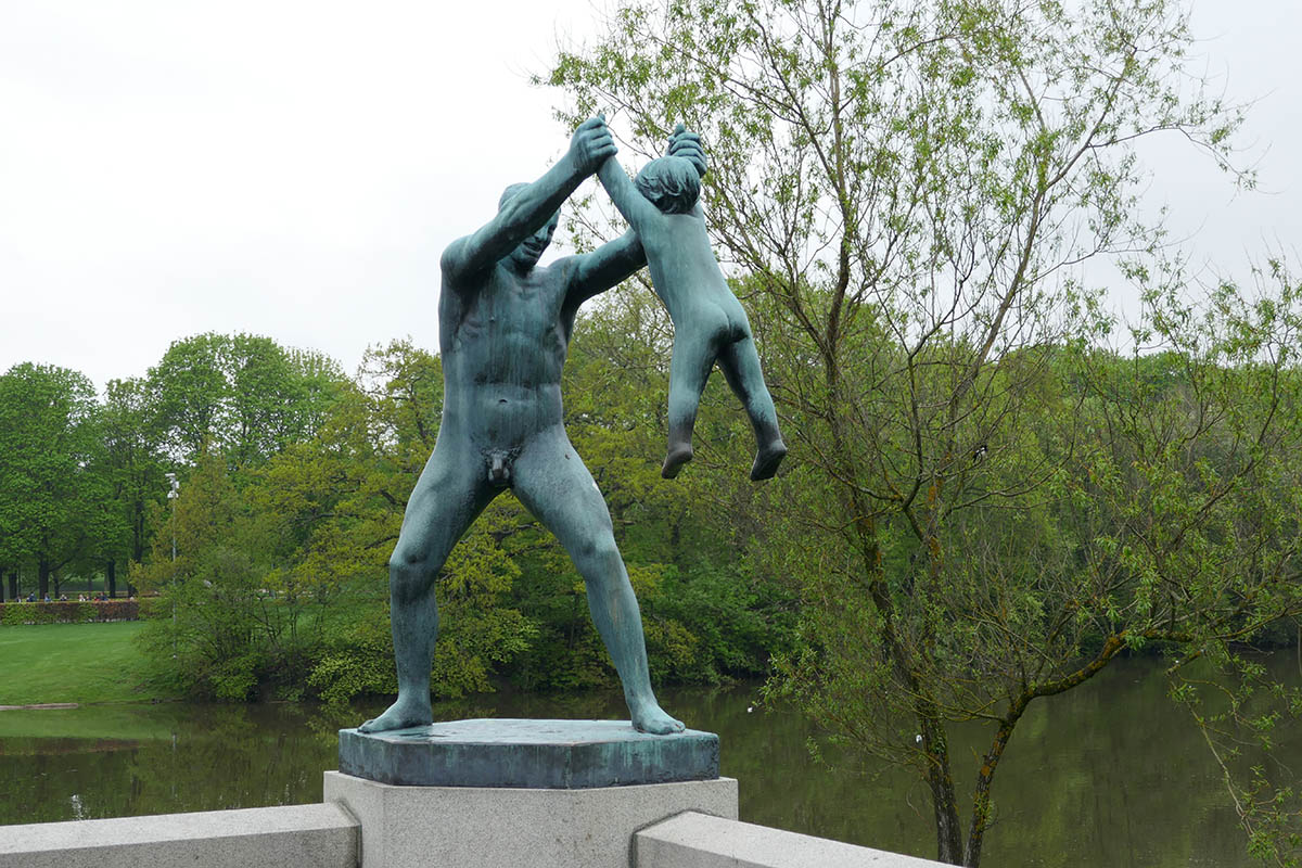Visiting Vigeland Park in Oslo