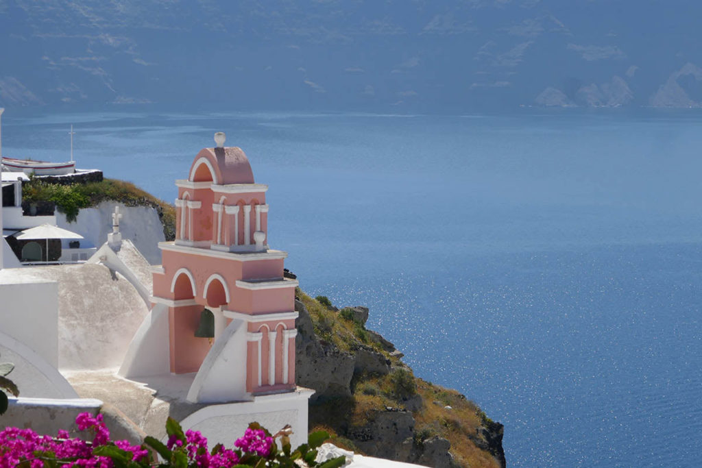 Exploring-Oia-Santorini-Greece