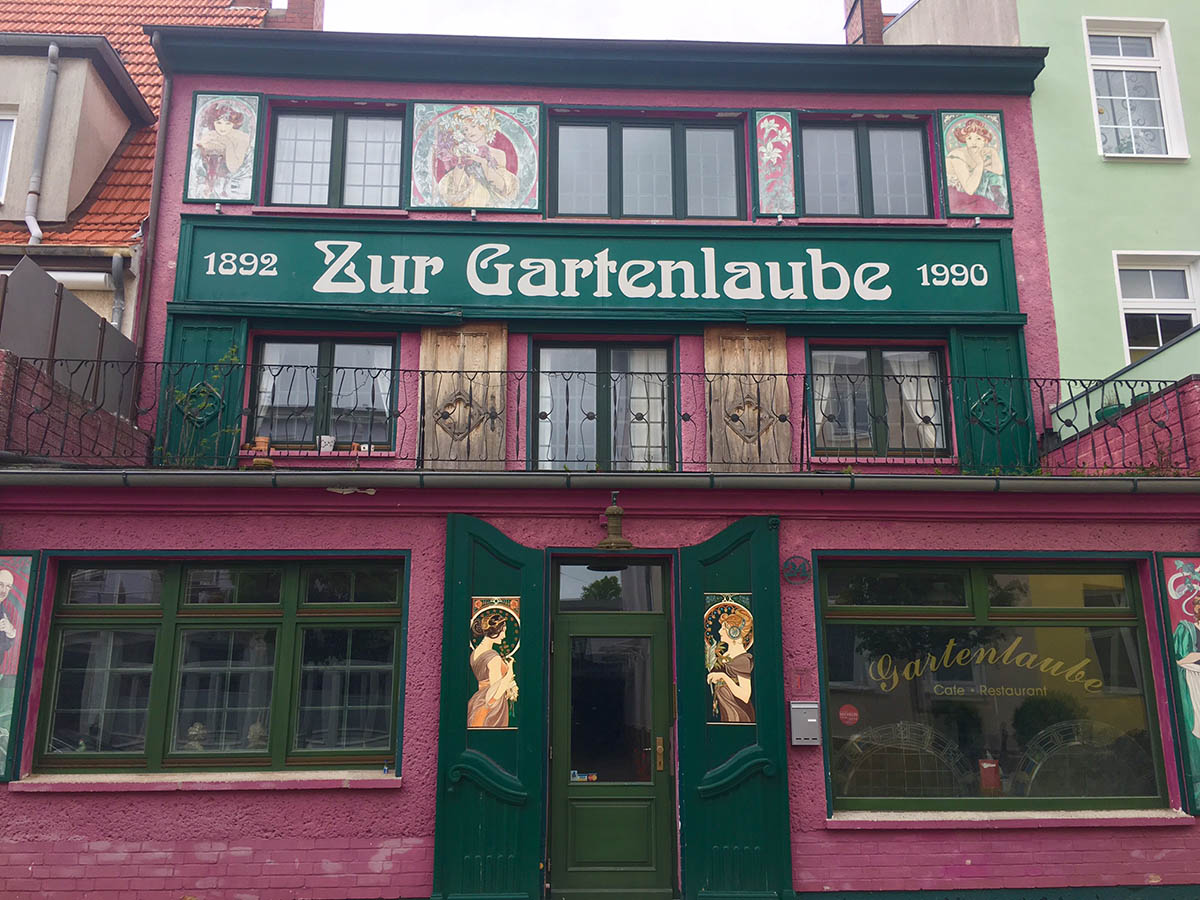 Warnemunde in German