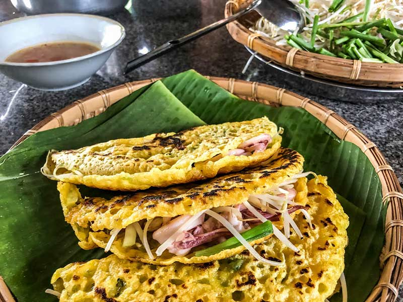How to make Vietnamese pancakes - Bánh xèo