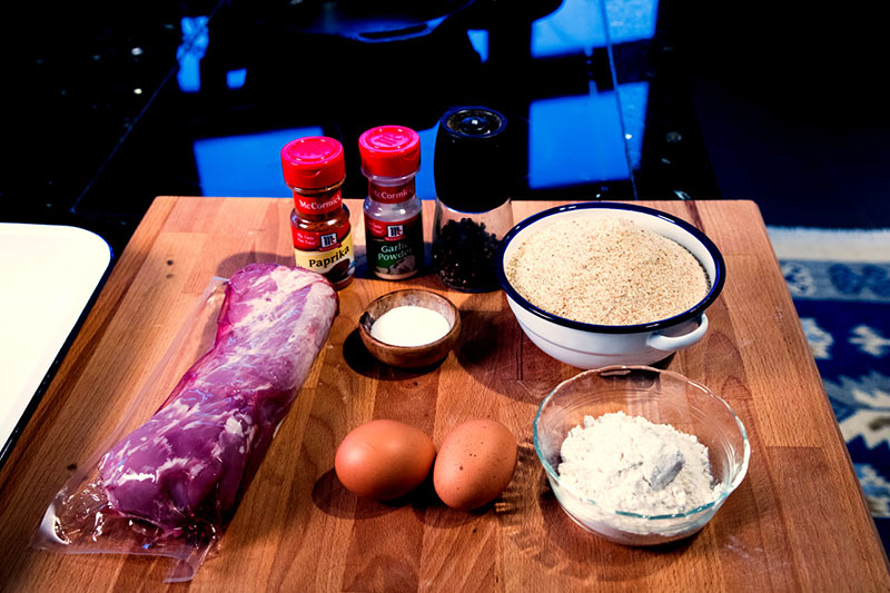 How-to-make-schnitzel-as-the-Germans-do